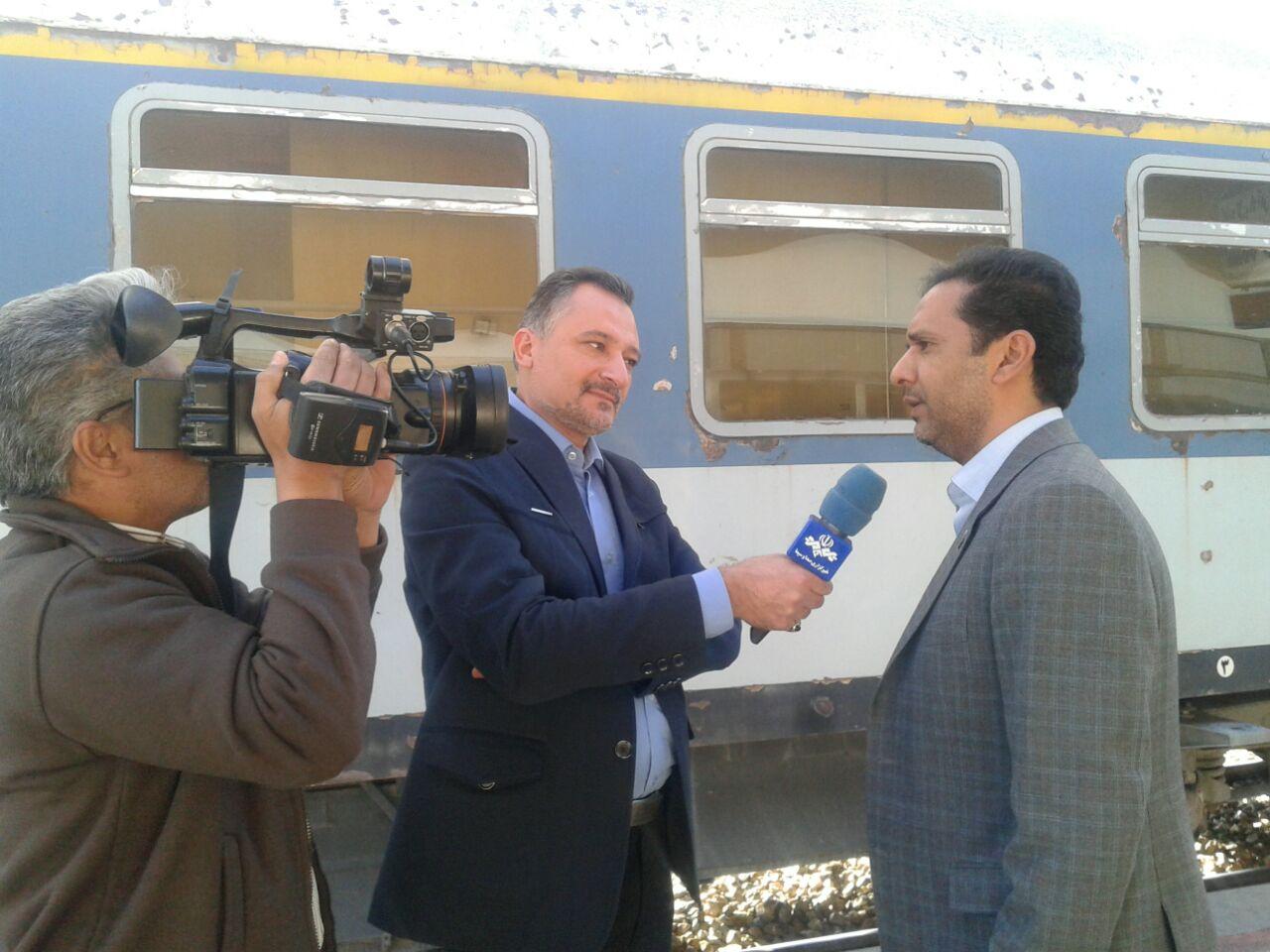 حمل ریلی رایگان کمک های مردمی به زلزله زدگان از ایستگاه راه آهن کرمان و زاهدان