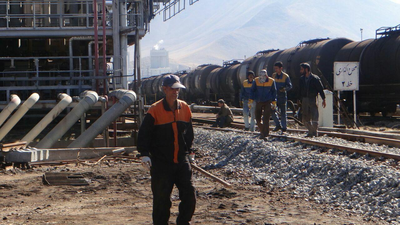 بخشی از خطوط ریلی انبار نفت پیشرفته استان مرکزی بازسازی شد