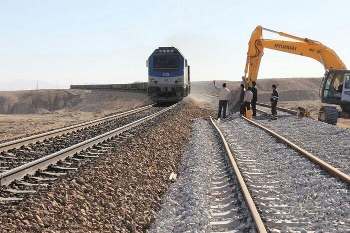 اتصال شهرک صنعتی و انبار غله شهرستان شوش به شبکهٔ ریلی کشور