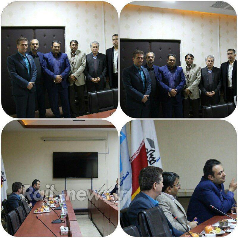 جلسه مشترک مسئولین شهرصنعتی کاوه،گمرک منطقه ویژه و راه آهن قم