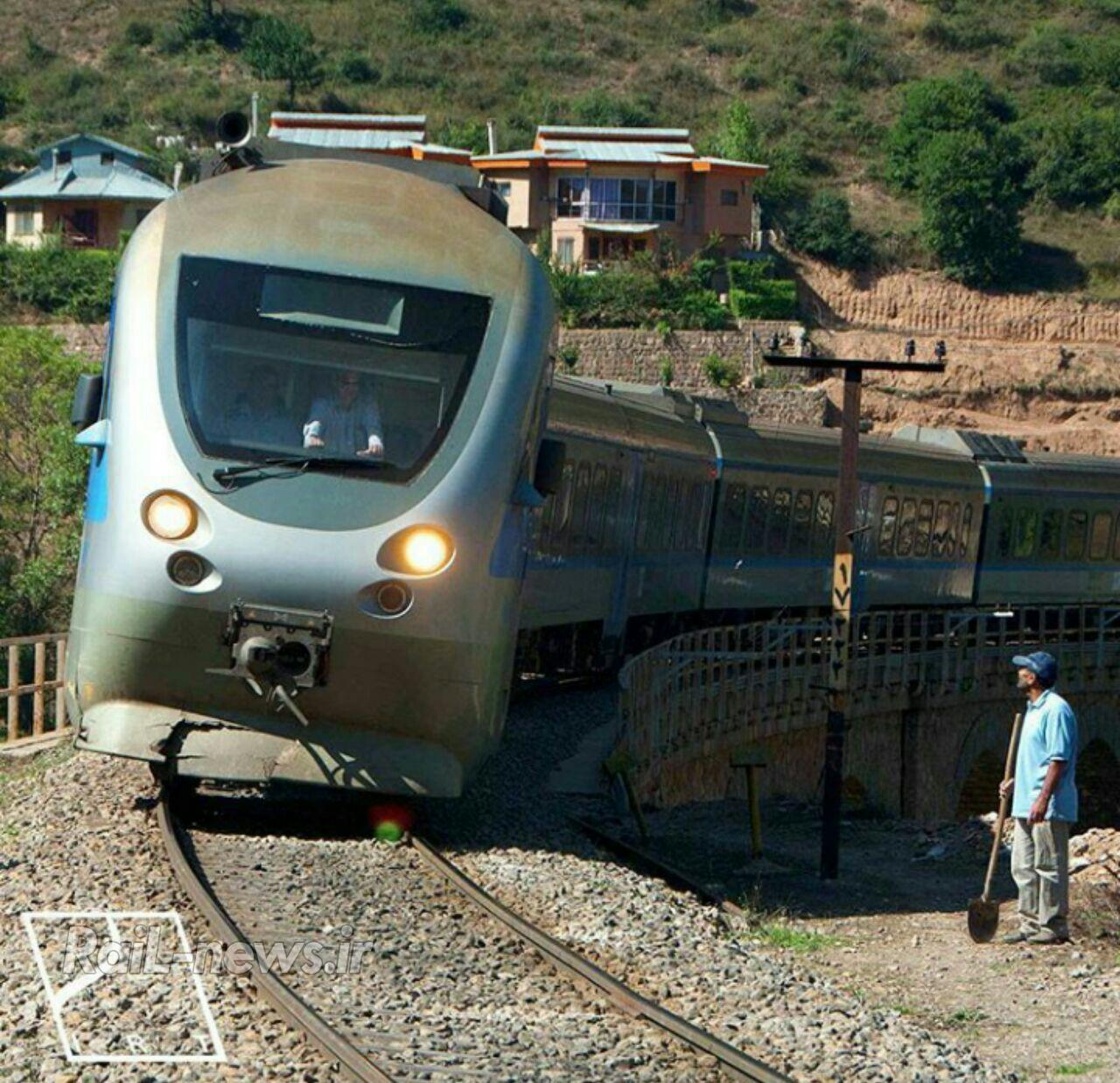 بررسی مشکلات حرکت قطار در قوس و راهکارهای آن