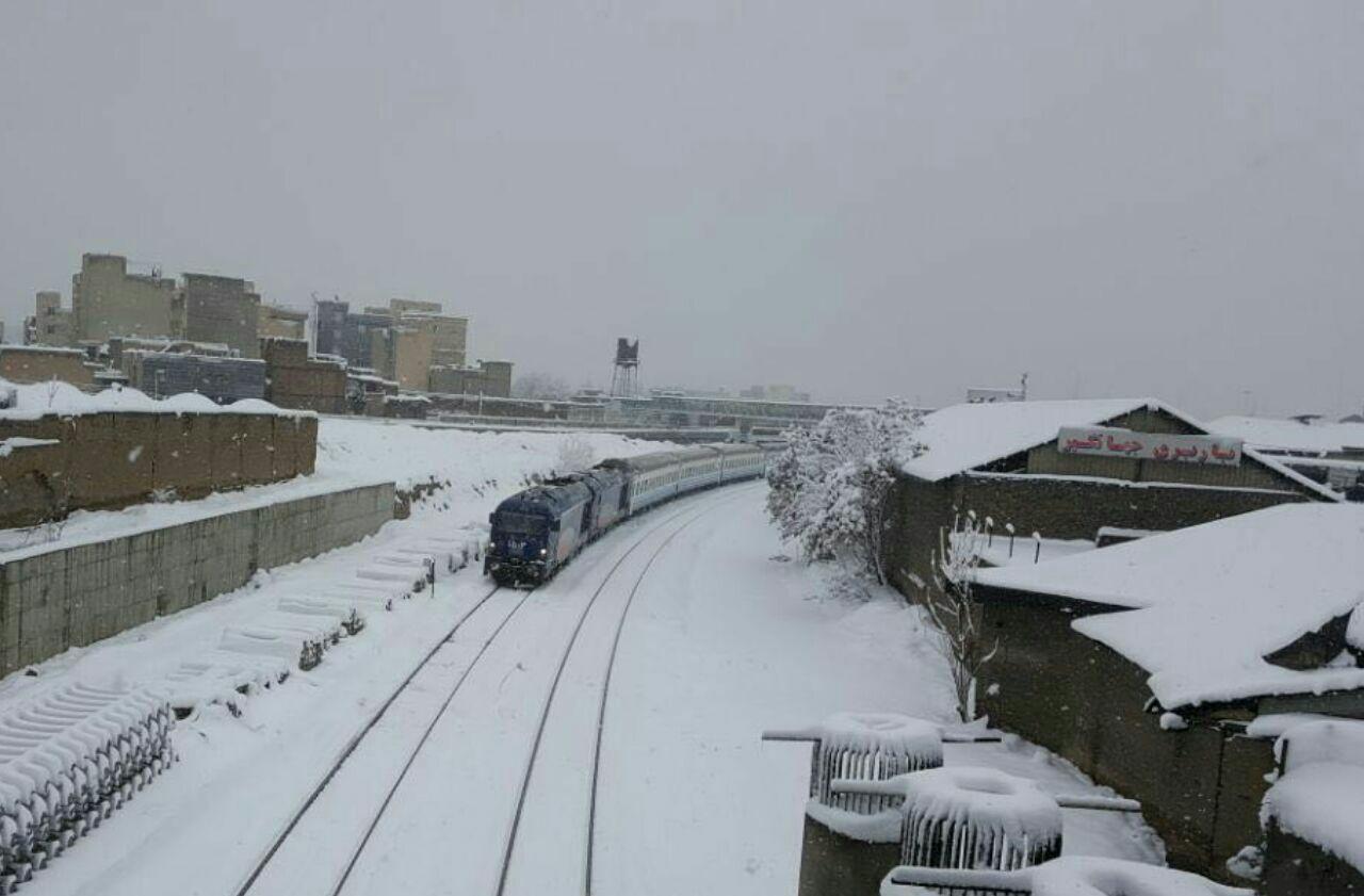 مسافران قطارهای منتهی به تهران بهسلامت بهمقصد رسیدند