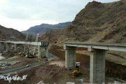 اتمام عملیات نصب تیرهای فلزی پل بزرگ راهآهن «قزوین –رشت»