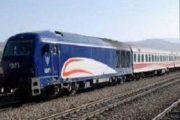 تاکید بر ارتقا كیفیت خدمات به مسافرین قطار در پیک سفرهای نوروزی