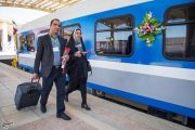 اولین مسافران قطار کرمانشاه (عکس)