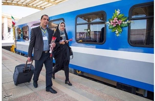 معاون مسافری راهآهن از احتمال افزایش قیمت از ابتدای تابستان خبر داد.