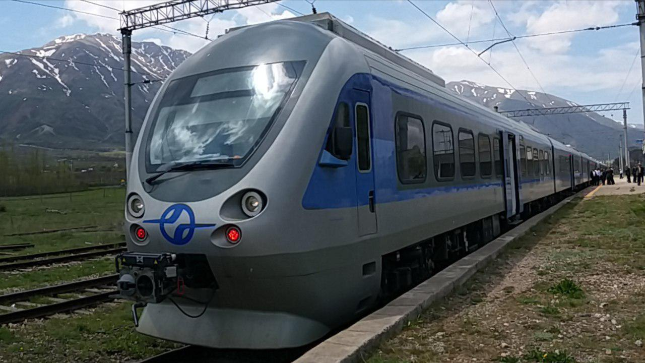راهآهن شمال با مشارکت روسیه در سال جاری برقی می شود
