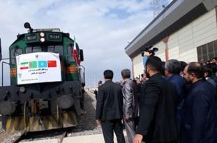 هفتمین قطار کانتینری کشور چین ازطریق خط ریلی ایران - ترکمنستان - قزاقستان وارد مرز اینچه برون استان گلستان شد.