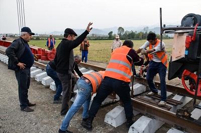بهرهبرداری کامل از خط آهن تبریز به میانه تا سال ۹۹