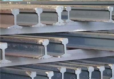 ذوب آهن توانایی تولید ریل UIC60 را دارد/ اجازه واردات ریل را نخواهیم داد