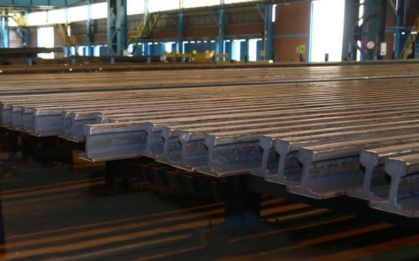 دومین محموله1000 تنیآماده تحویل به راهآهن شد