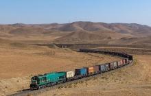 حمل بار از مسیر جادهای باید به سمت حمل و نقل ریلی منتقل شود
