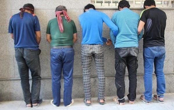 این مردان عامل واژگونیهای قطارها در غرب تهران بودند +عکس