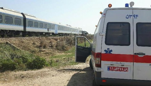 فوت عابر پیاده در برخورد با قطار مسافربری در تاکستان