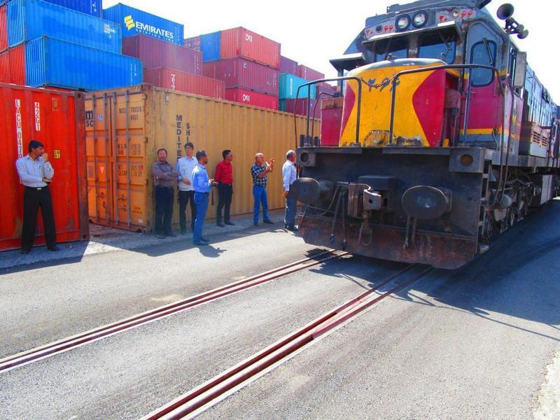 کاهش تعرفههای بندری برای راهآهن