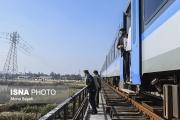 اهوازگردی جمعی از مسئولان با ریل باس شهری/گزارش تصویری