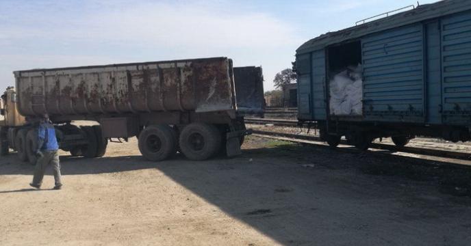 ترخیص اولین محموله کود اوره از طریق ناوگان ریلی در ایستگاه راه آهن استان قزوین