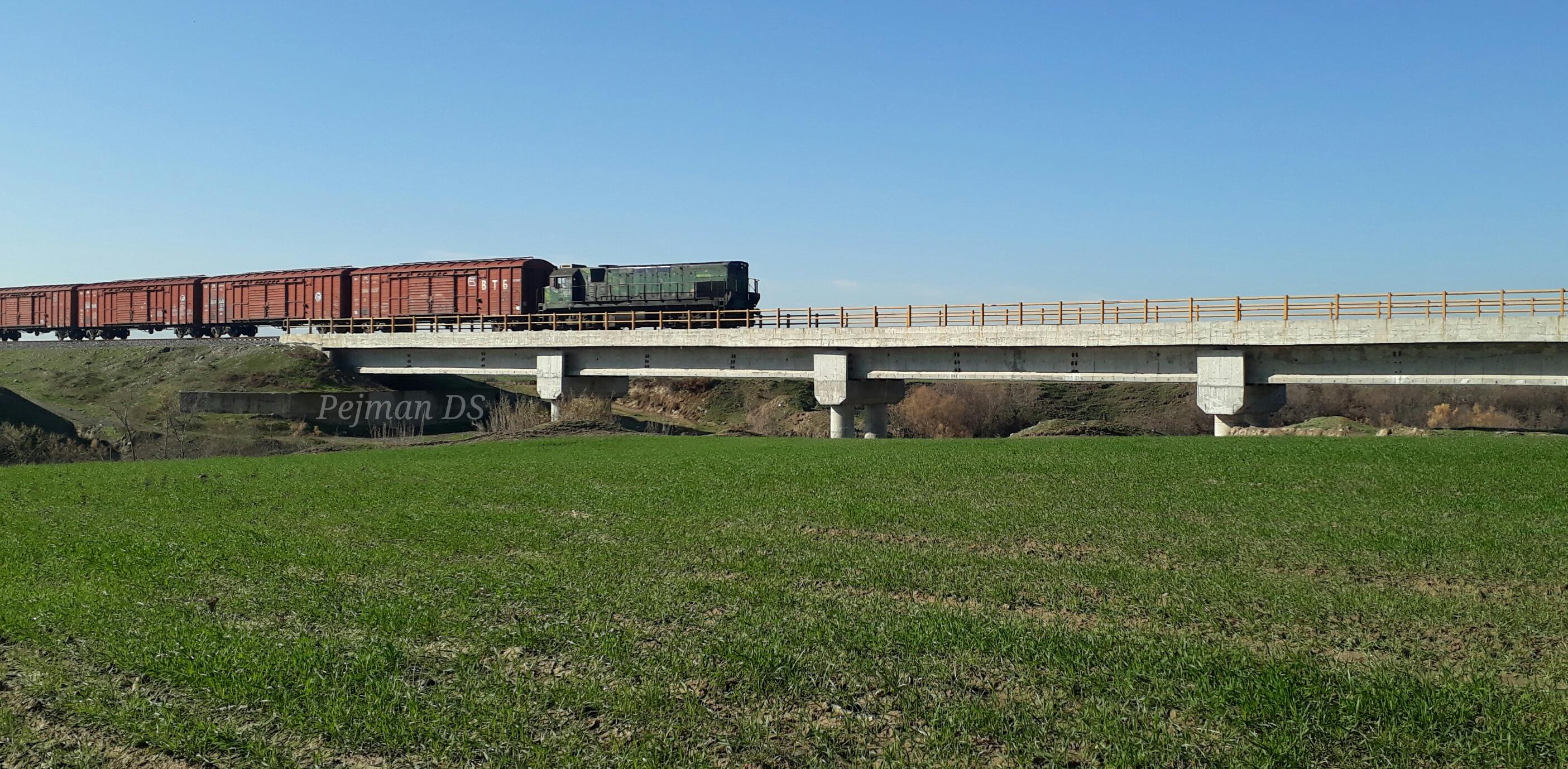 تاکید رئیس جمهوری بر اجرای راه آهن گرگان – مشهد