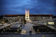 بازپیرایی و بهسازی میدان راه آهن مشهد به بهره برداری رسید