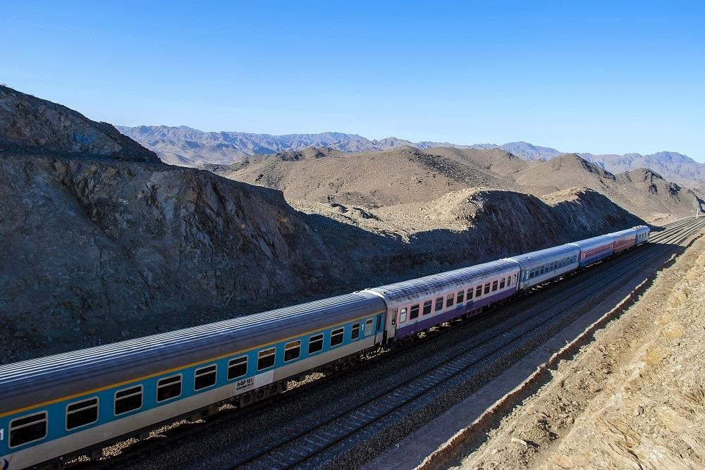 بیش از ۵۷ هزار نفر مسافر در ایام نوروز توسط راه آهن شرق جابجا شده اند
