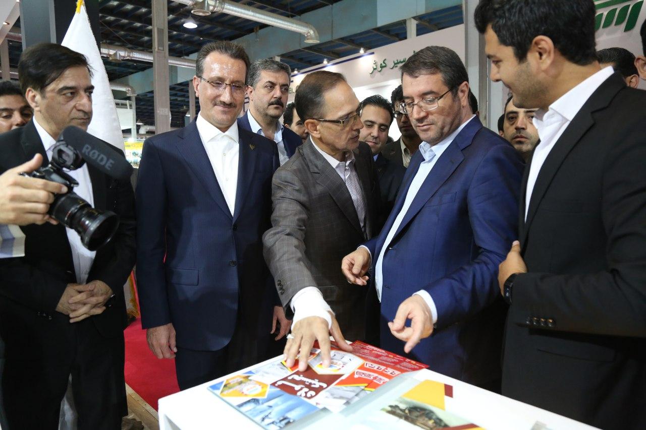 وزیر صنعت، معدن و تجارت از هفتمین نمایشگاه بین المللی حمل و نقل ریلی بازدید کرد