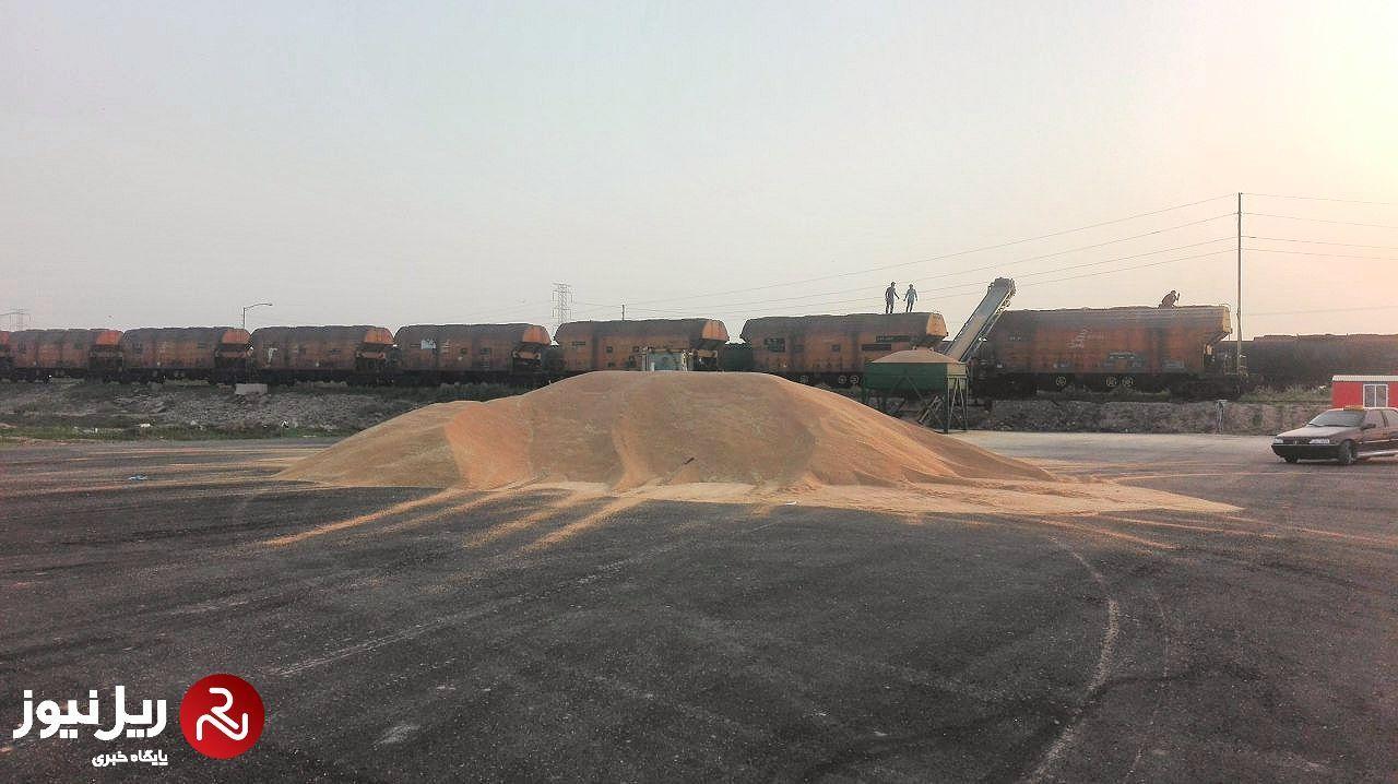 بارگیری و حمل 77هزار تن گندم در راه آهن زاگرس