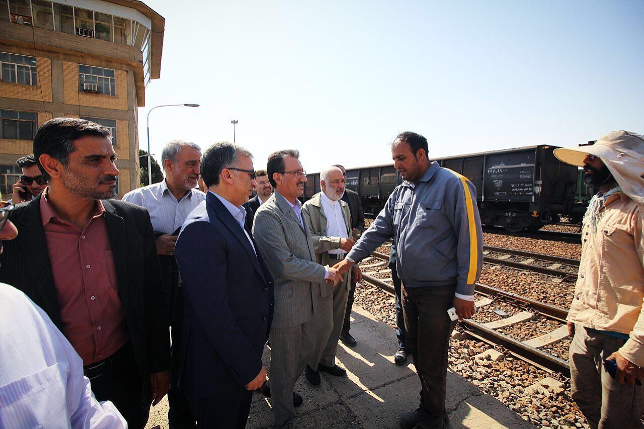 بازدید مدیرعامل راه آهن از ایستگاه سیستان در اداره کل راه آهن اصفهان