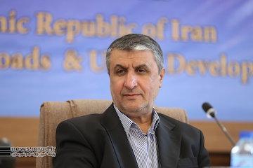 وزیر راه برای حضور در نشست مشترک وزرای حملونقل پنج کشور حاشیهی دریای خزر به ترکمنستان سفر کرد