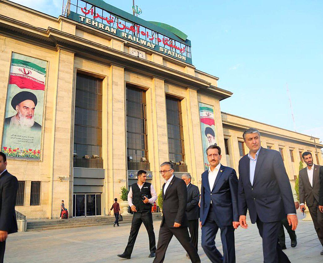 بازدید اسلامی، وزیر راه و شهرسازی از ایستگاه راه آهن تهران