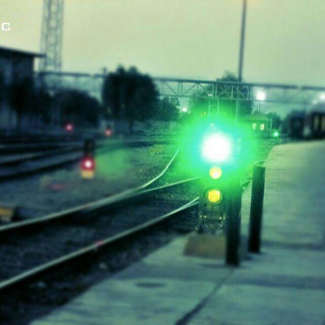 بهرهبرداری از سیستم جدید علائم الکتریکی ایستگاه تشکیلاتی سیستان در اداره کل راهآهن اصفهان