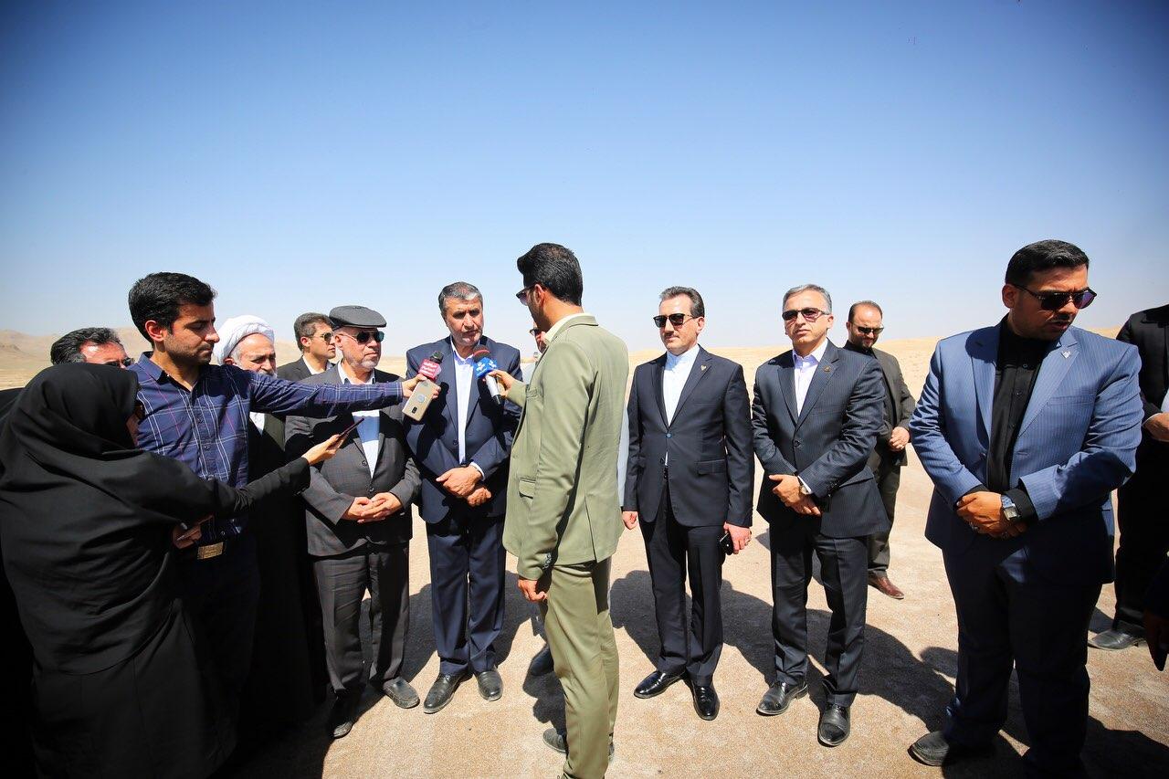 بازدید وزیر راه و شهرسازی و مدیر عامل راه آهن از پروژه قطار سریع السیر تهران-قم-اصفهان