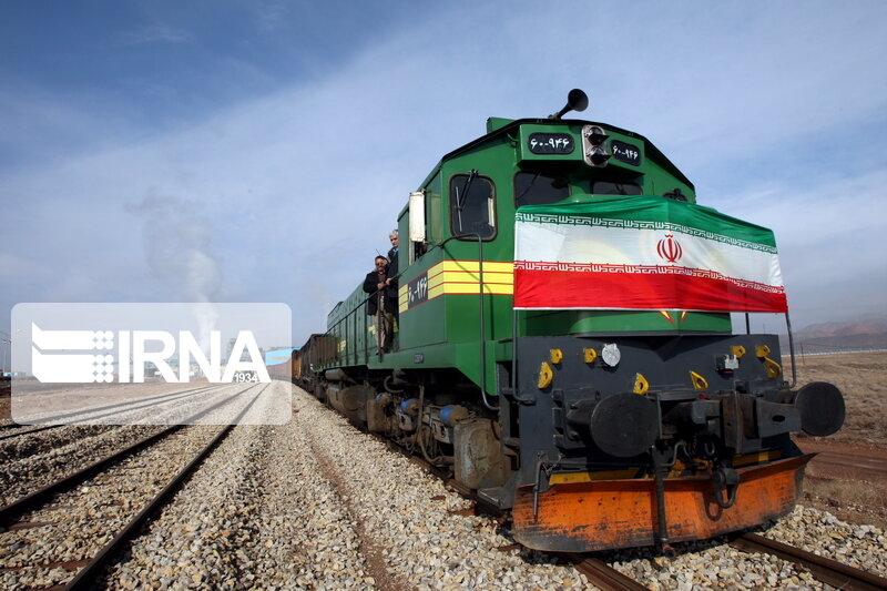 ۳۳ درصد تعمیرات چرخ و محور واگن کشور در راه آهن اراک انجام می شود