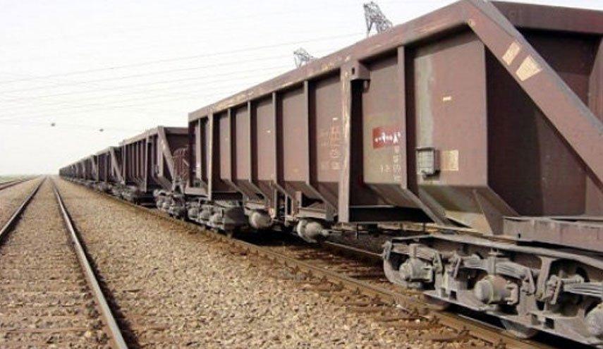 بارگیری ۱۰ میلیون و ۸۹۰ هزار تن محموله در راه آهن یزد