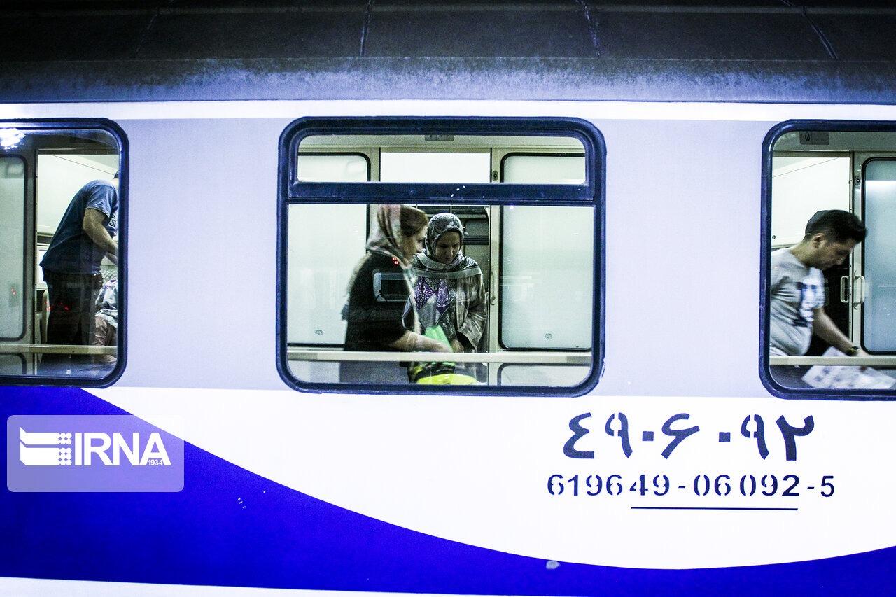 قطار مسافری در مسیر ارومیه- مشهد راهاندازی شد