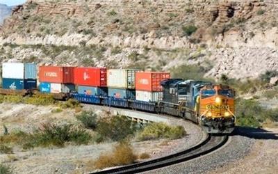بزرگان حمل و نقل ریلی و دریایی در مسیر افزایش سود