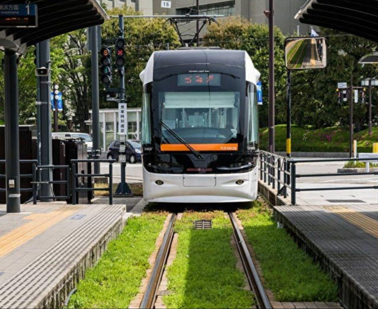 شفافیت در نحوه توسعه حمل و نقل ریلی درون شهری از طریق سامانههای کم ظرفیت تراموا