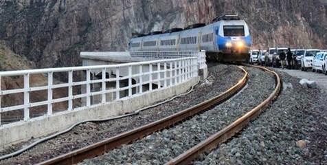 بهترین وسیله برای رفتن به ایستگاه قطار و فرودگاه چیست؟