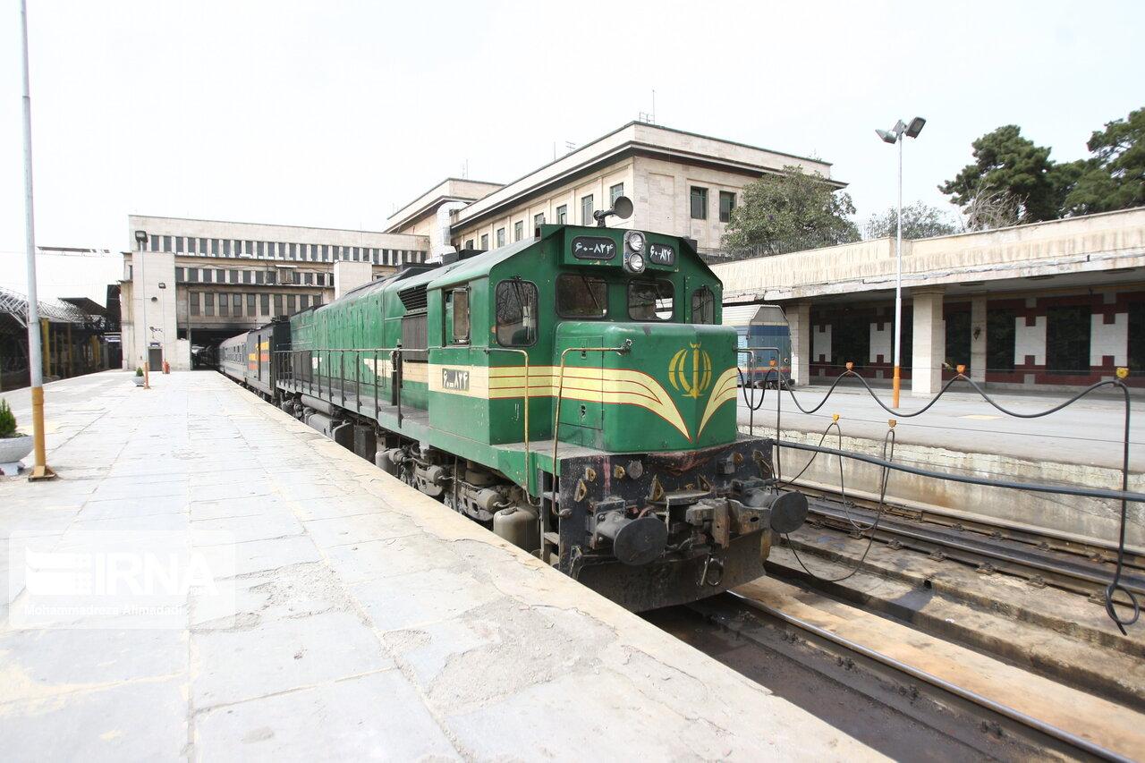 آلمان، قطارهای شرکت ریلی رجا را تعمیر میکند