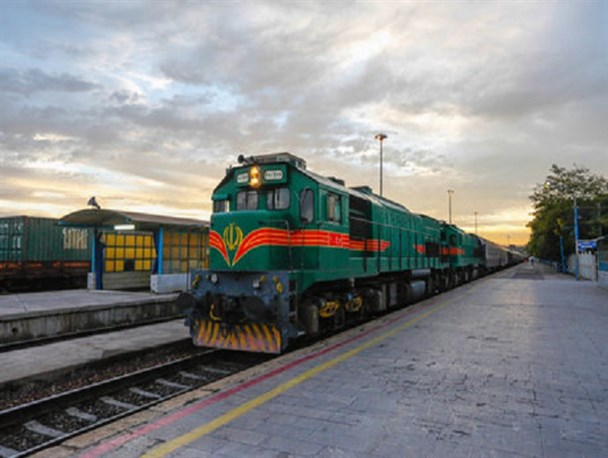 تخلیه بیش از ۳۴ هزار تن بار در راه آهن کرمان
