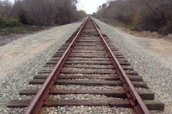 بندر لنگه همچنان چشم انتظار راه آهن