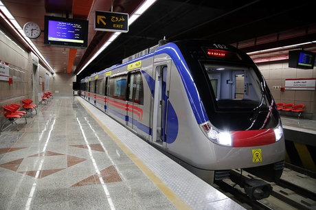 تعطیلی قطار شهری شیراز ادامه دارد