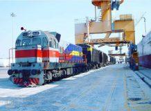 موافقت گمرک هرمزگان با حمل یکسره کالاهای اساسی از کشتی به قطار