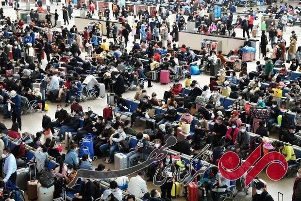 تصویری از ایستگاه راه آهن ووهان چین