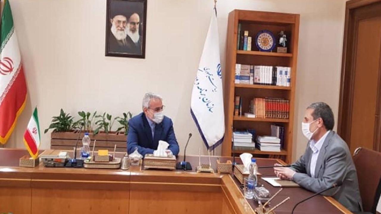 استاندار بوشهر تامین اعتبار طرحهای زیرساختی مهم را خواستار شد