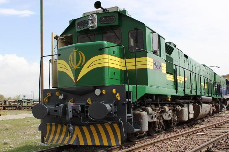 مهمترین مشکل و تنگنای پروژه دو خطه کردن زنجان- تهران، تجاوز به حریم راهآهن و مشکلات مالی است