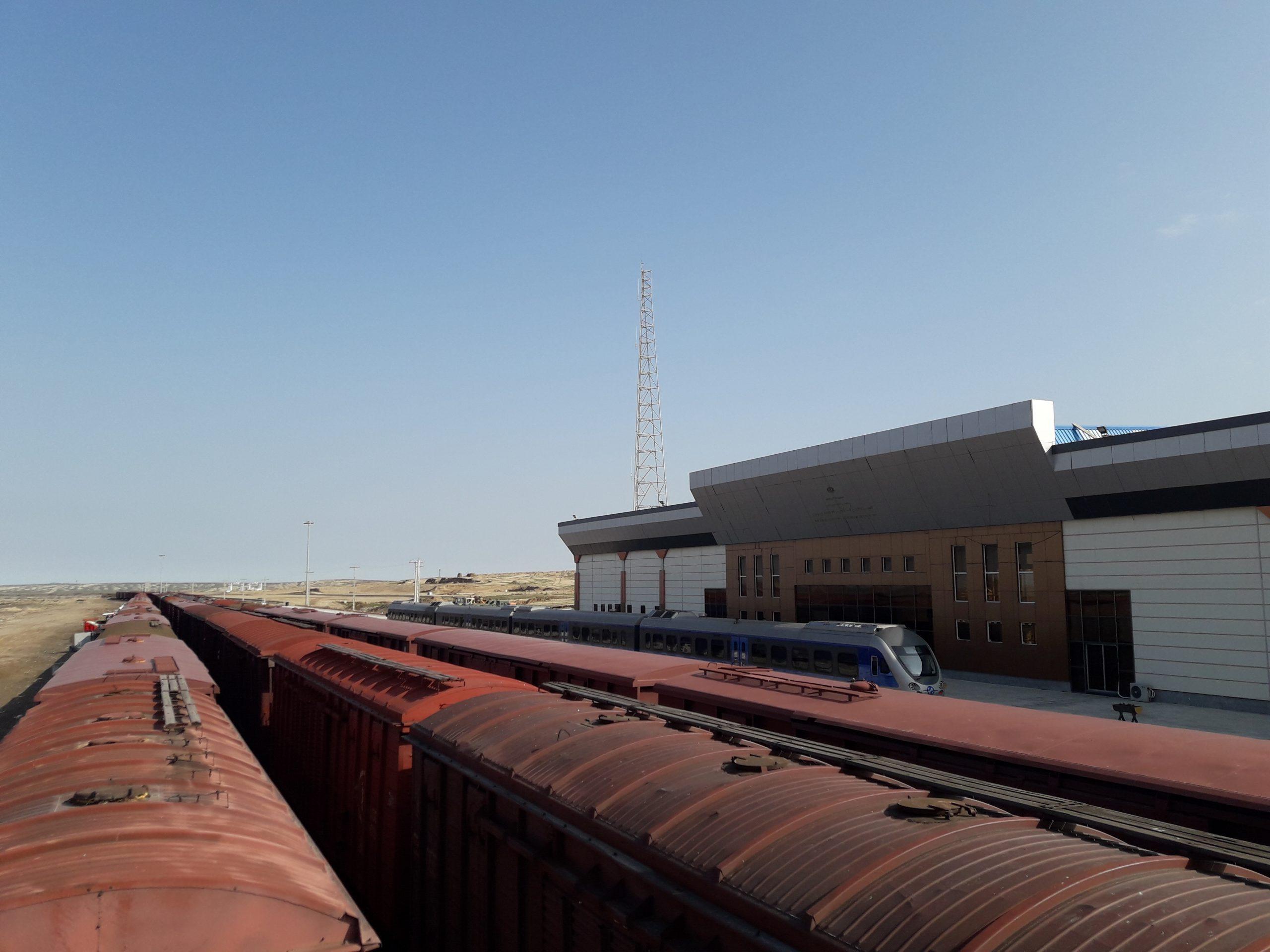 توقف ۹۰۰ واگن در مرز ترکمنستان/ ۸۰ درصد مرزهای تجاری فعال است