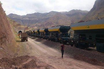 حمل مصالح مورد نیاز راهآهن رشت- انزلی با قطار