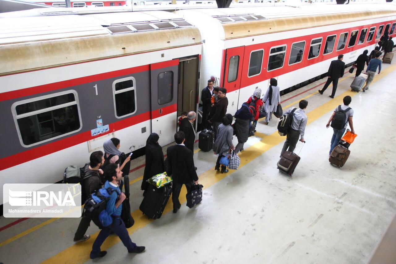 راهاندازی قطار گردشگری تهران- شاهرود در دست پیگیری است