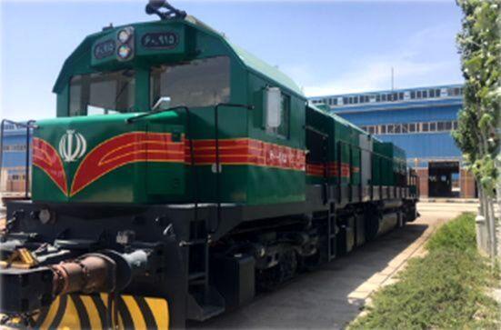 سه دستگاه لکوموتیو مانوری راهآهن کرمان بازسازی شد