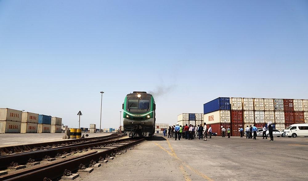 مجتمع اداری شرکتهای حمل و نقل ریلی اسکله شهید رجایی آماده بهرهبرداری است